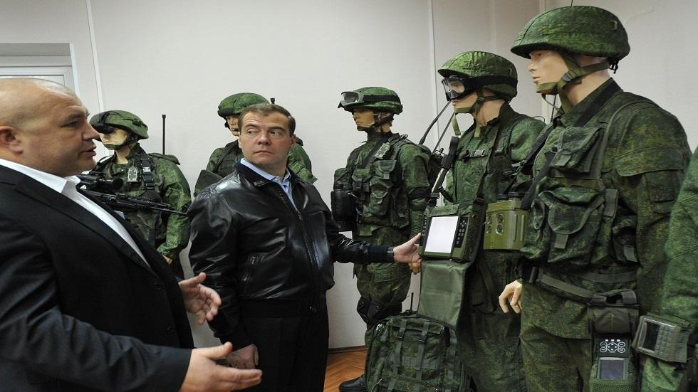 الجيش الروسي يختبر بزة جديدة لجنوده