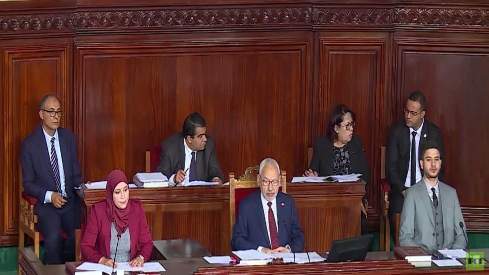 موقف الشارع التونسي من تشكيل حكومة كفاءات