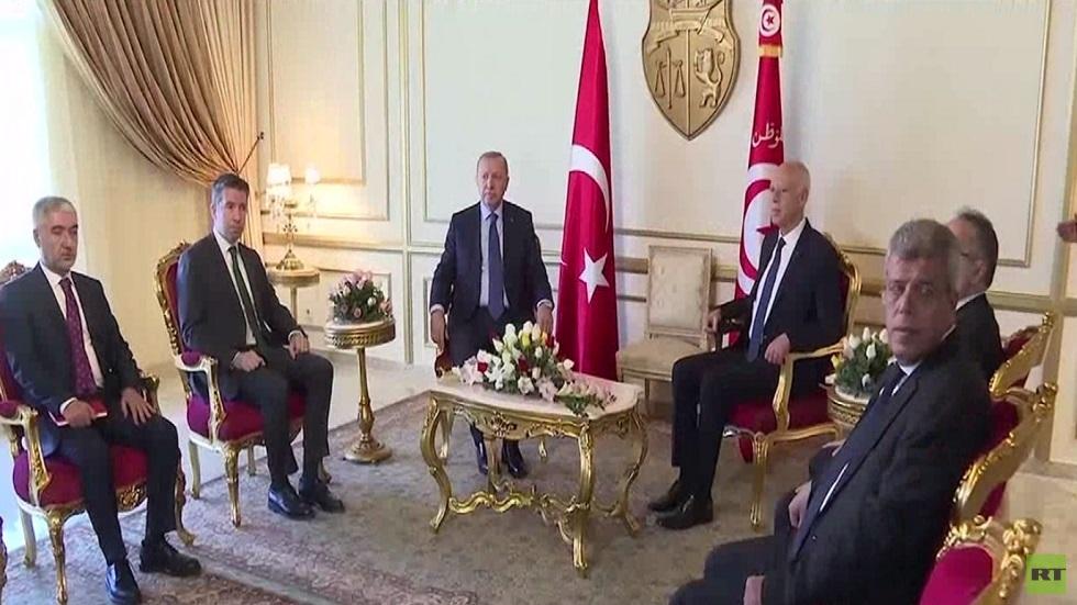 أردوغان: نسعى لحل الأزمة الليبية عبر الحوار