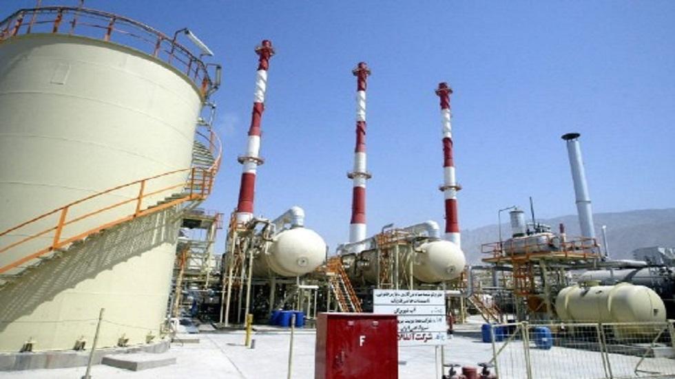 شركة النفط الوطنية الإيرانية تصدر أول شحنة مازوت إلى الخارج