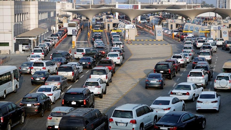 جسر الملك فهد من جهت البحرين - أرشيف
