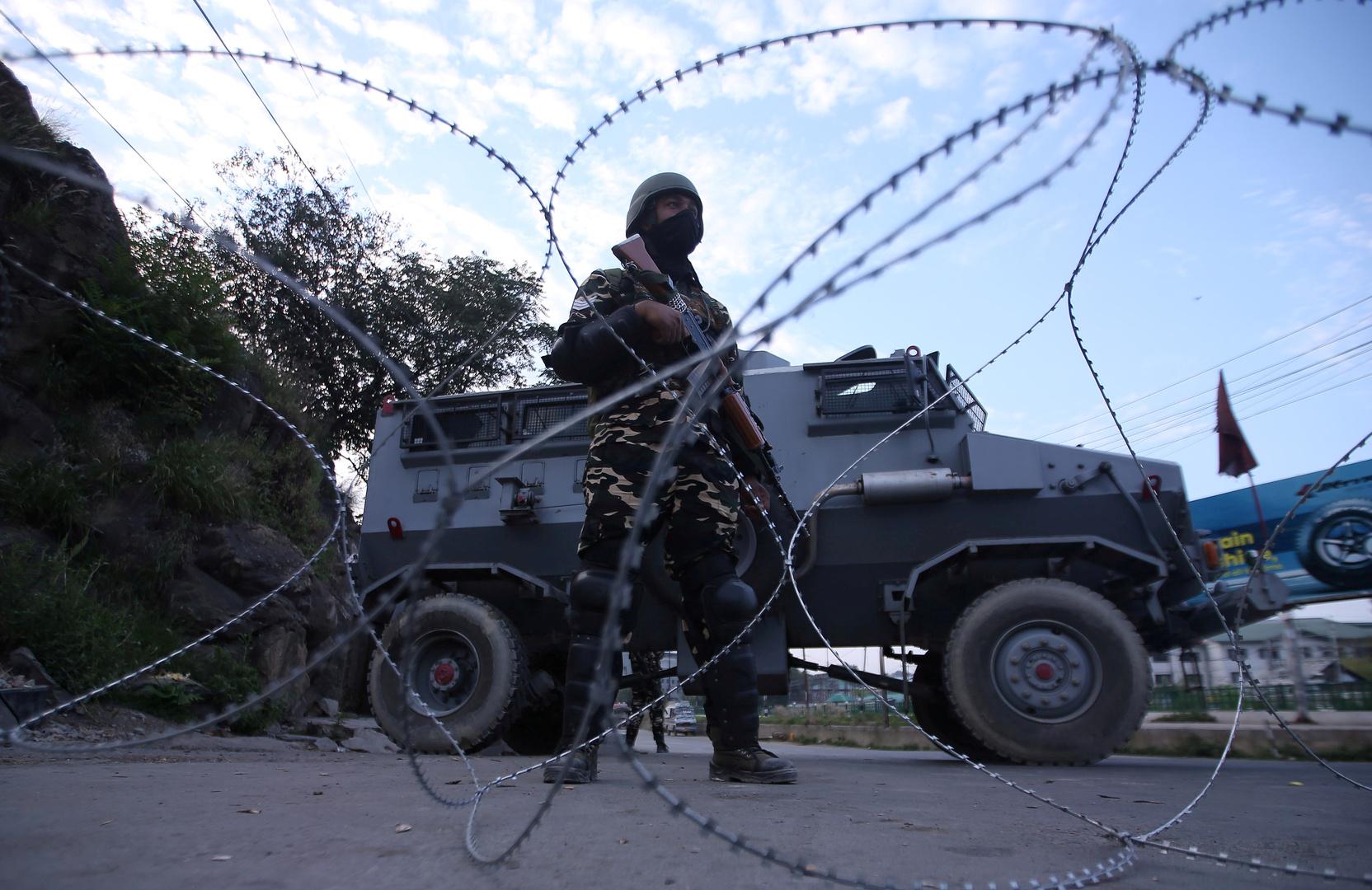 قتلى من الجانبين جراء قصف هندي باكستاني متبادل في كشمير