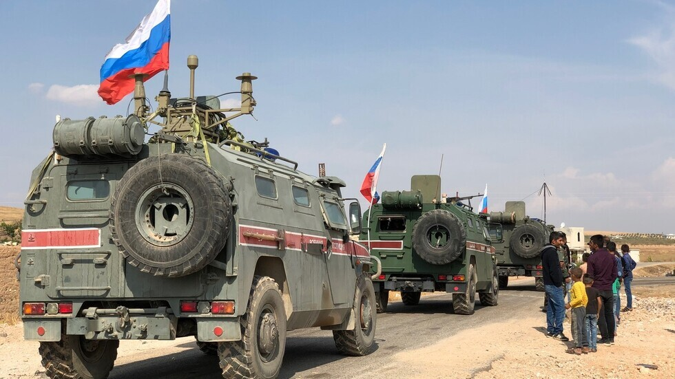 الدفاع الروسية تكذب تقريرا حول اشتباك بالأيدي بين عدد من عسكرييها وجنود أمريكيين في سوريا