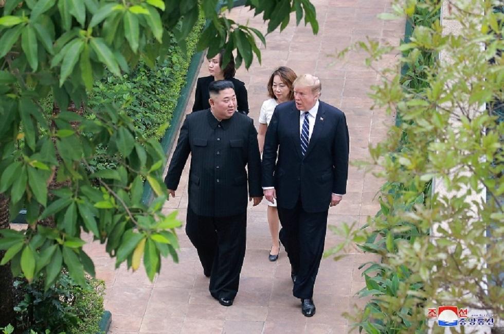لقاء سابق جمع ترامب وكيم في فيتنام
