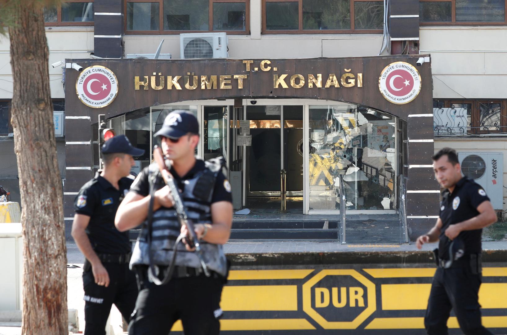 السلطات التركية توقف 64 شخصا بتهمة الانتماء لـ داعش  -