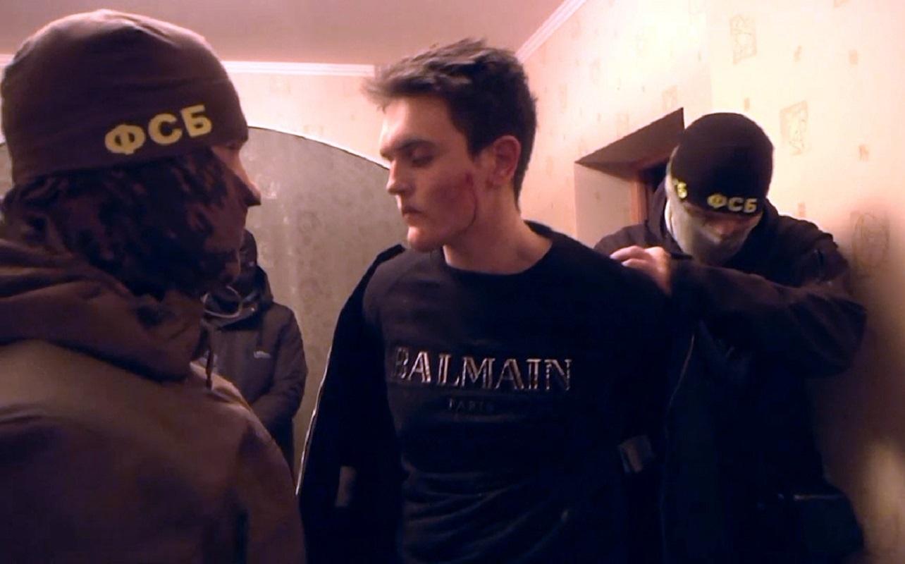 هيئة الأمن الروسي: الموقوفان للاشتباه بالإعداد لهجمات إرهابية في بطرسبورغ يدليان باعترافاتهما