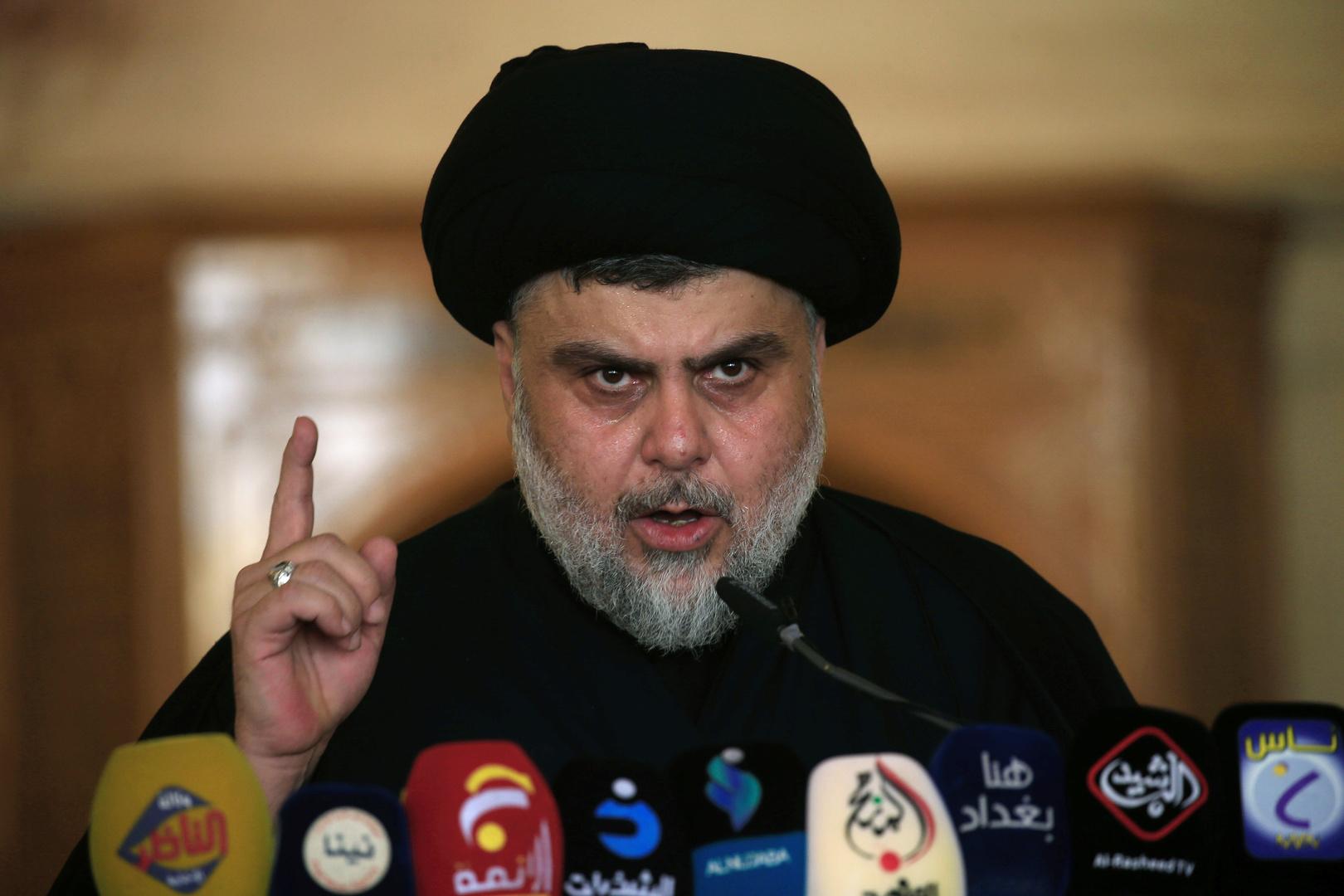 الصدر يعلن استعداده لإخراج الجيش الأمريكي من العراق سياسيا ويهدد الولايات المتحدة بـ