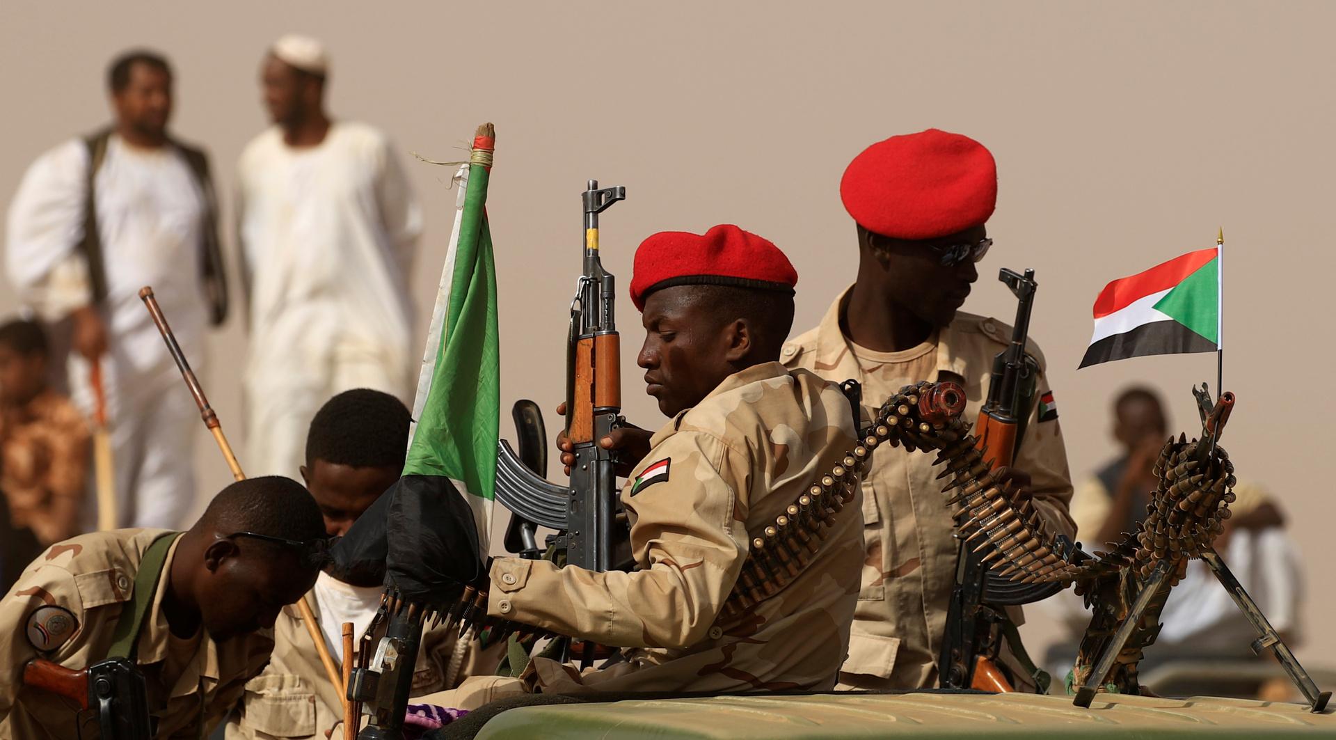 عناصر من قوات الأمن السودانية