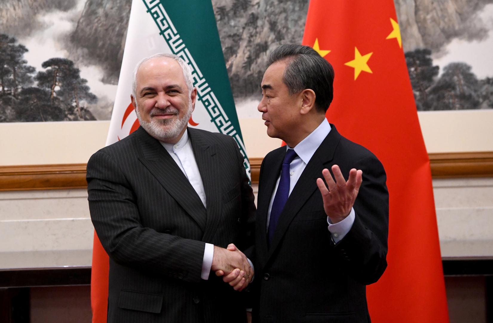 ظريف يبحث في بكين تطورات الملف النووي