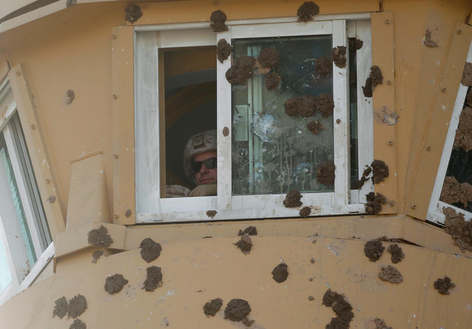 السفارة الأمريكية في بغداد تعلق جميع عملياتها القنصلية