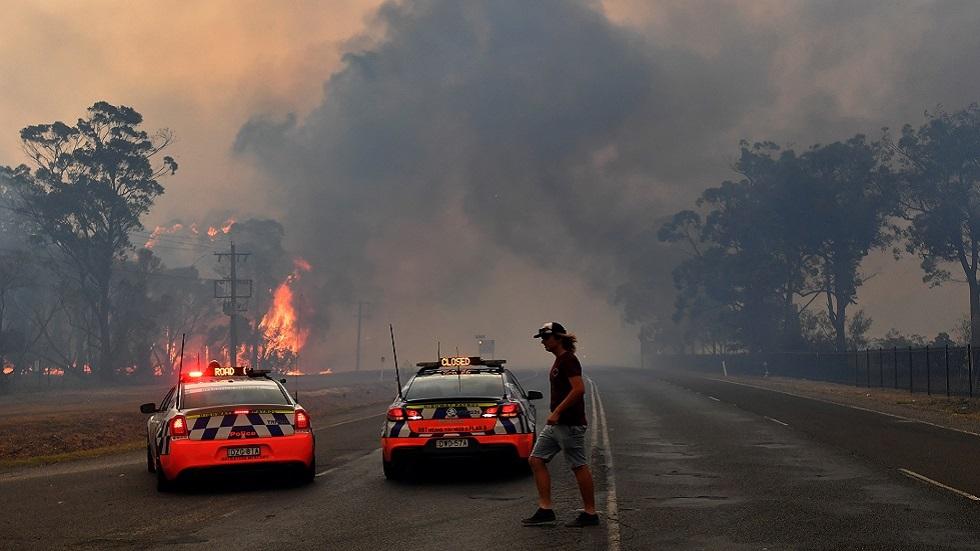 أستراليا.. إخلاء مدن محاصرة بالحرائق قبل موجة حر جديدة