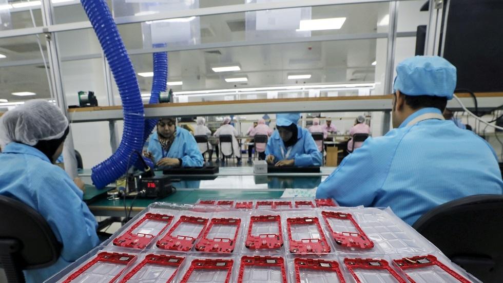 القوى العاملة المصرية تعلن عن فرص عمل بأجور تصل لـ12 ألف جنيه