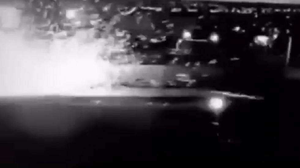 لحظة استهداف المروحيات الأمريكية موكب سليماني