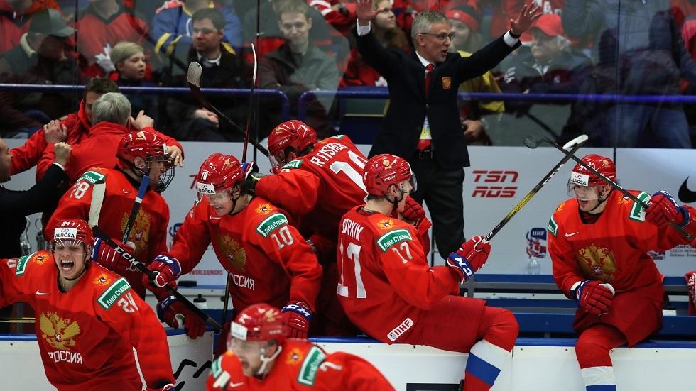 روسيا تتأهل لنهائي كأس العالم لهوكي الجليد للشباب على حساب السويد (فيديو)