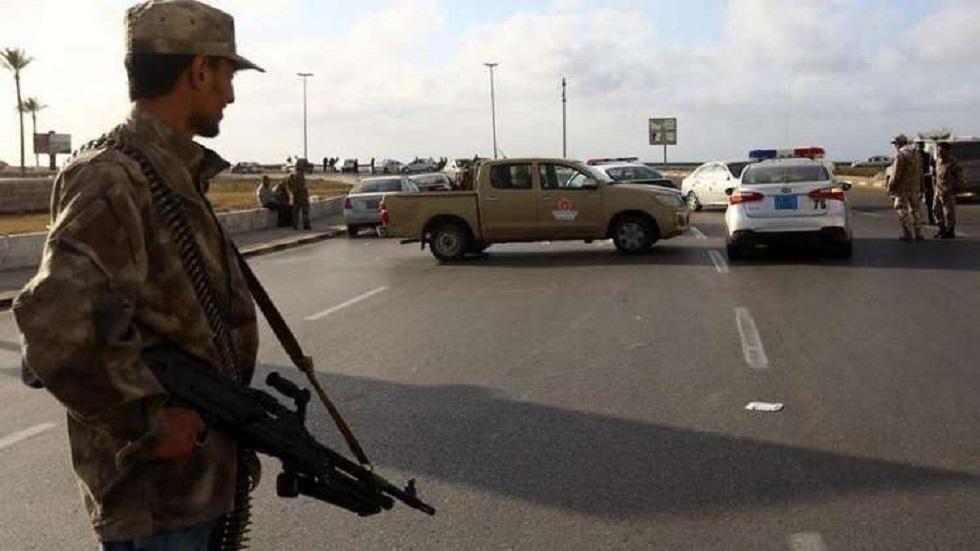 ليبيا.. قتلى وجرحى بين طلبة الكلية العسكرية بغارة جوية على طرابلس (صور + فيديو)