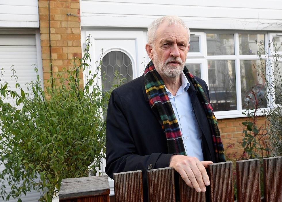 زعيم حزب العمال البريطاني يعزي الجالية الجزائرية بعد جريمة قتل في لندن