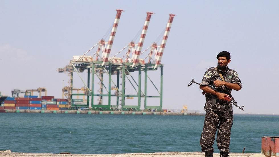 البنك المركزي اليمني يعلن استعادة حاويات أوراقه النقدية