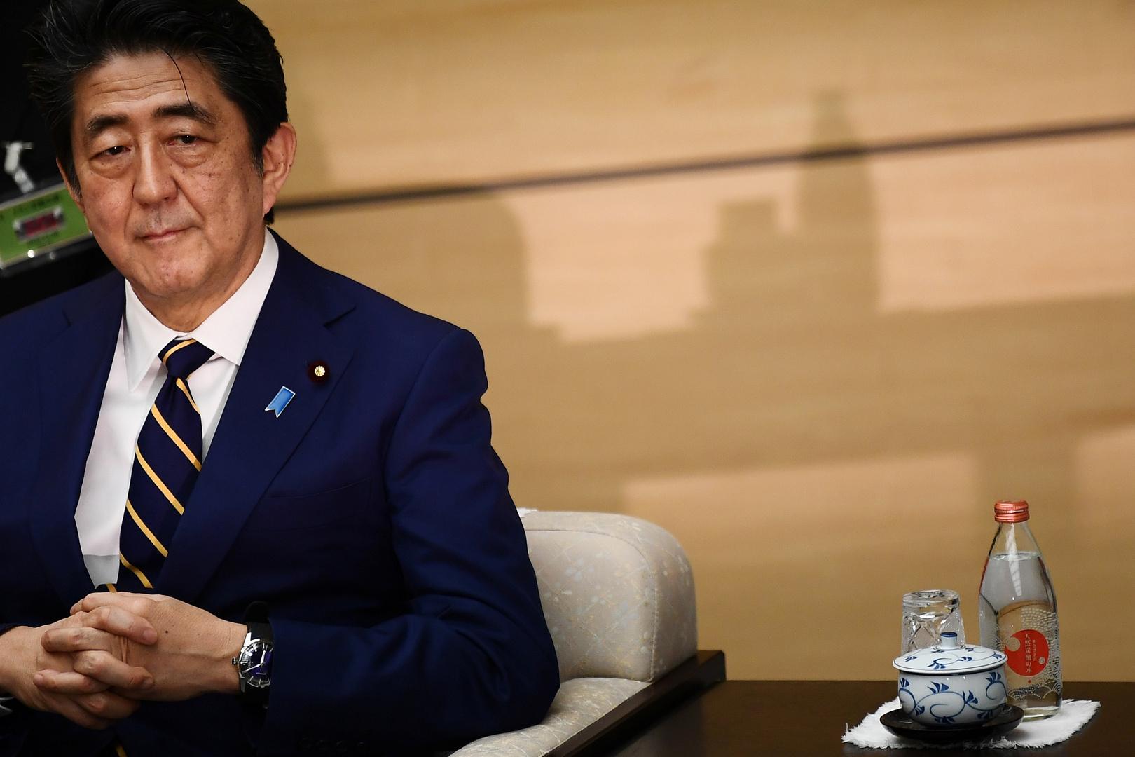 رئيس وزراء اليابان متمسك بنشر قوات في الشرق الأوسط