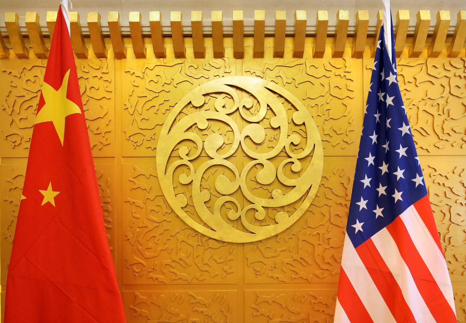 بكين تدعو واشنطن لعدم إساءة استغلال القوة وتعارض الاستخدام الجائر للعقوبات