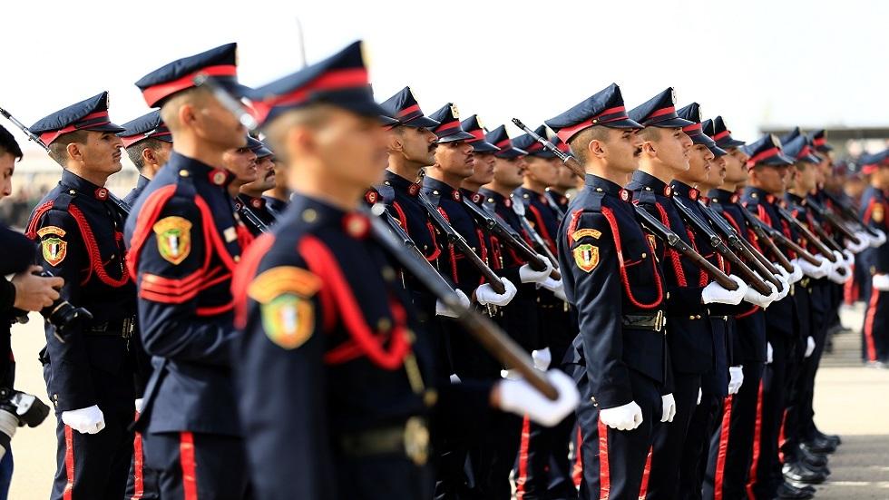 عبد المهدي: الجيش لا يمكن أن يكون أداة للقمع أو يتدخل بالشؤون السياسية