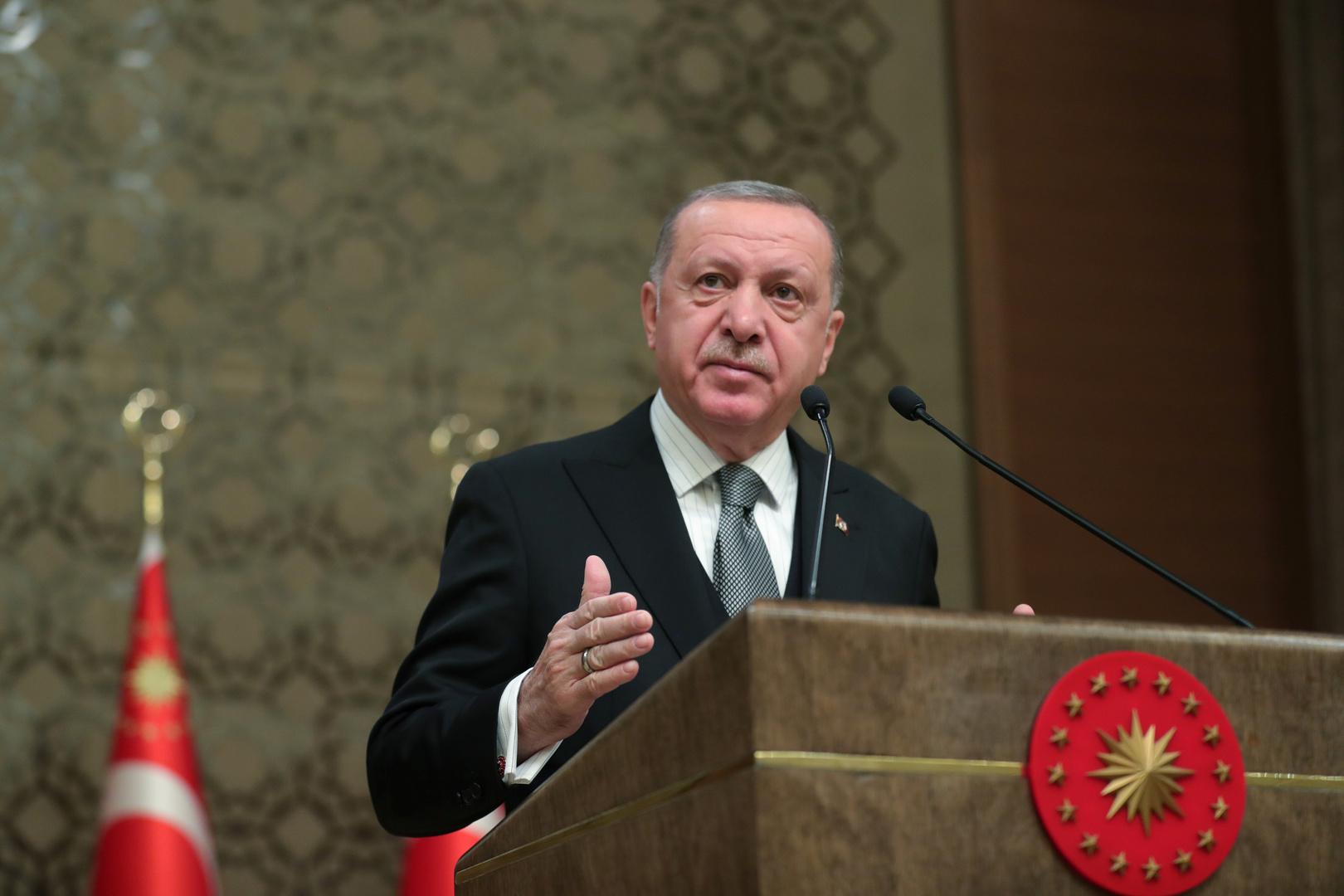 أردوغان: لن نقف مكتوفي الأيدي إزاء المشهد المعقد والمتغير الناجم عن تنافس القوى في منطقتنا