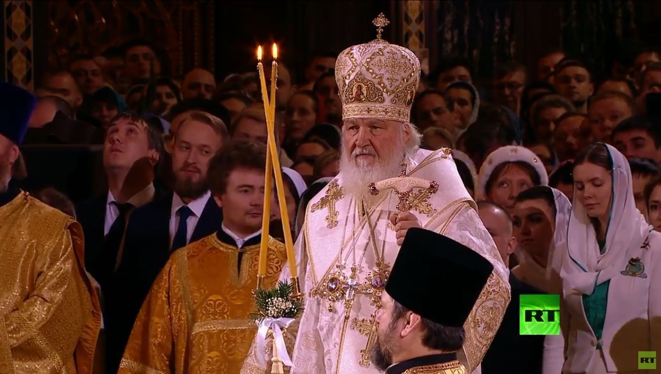 روسيا تحتفل بعيد الميلاد المجيد على التقويم الشرقي
