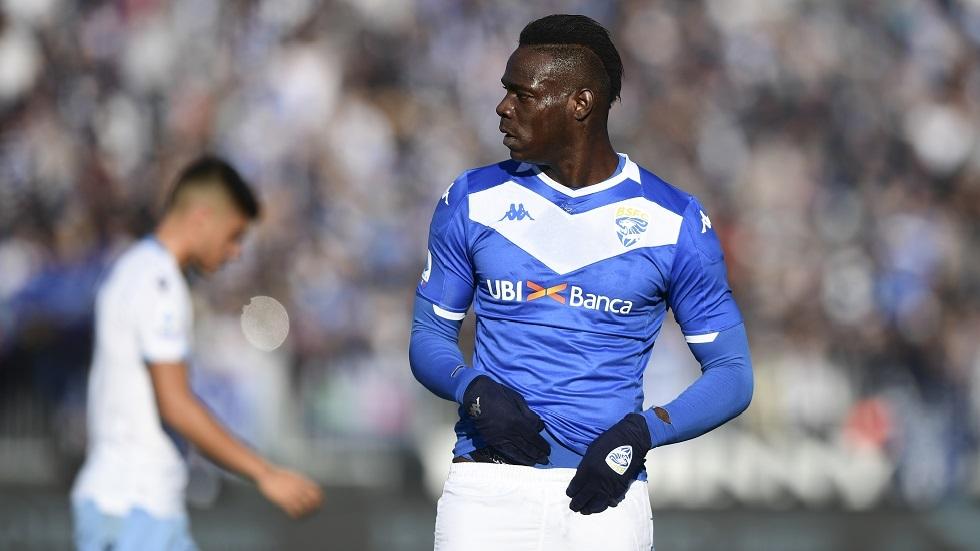 الاتحاد الإيطالي يعاقب لاتسيو بعد إساءة جماهيره لبالوتيلي