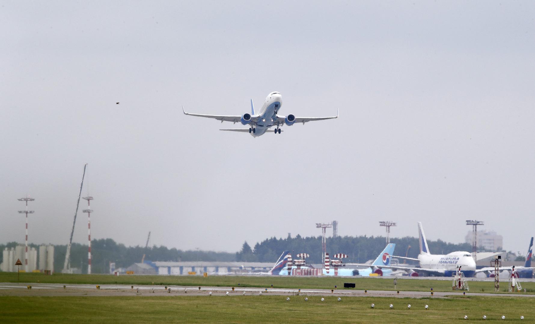 عودة طائرة بوينغ روسية متجهة لتل أبيب بعد إقلاعها