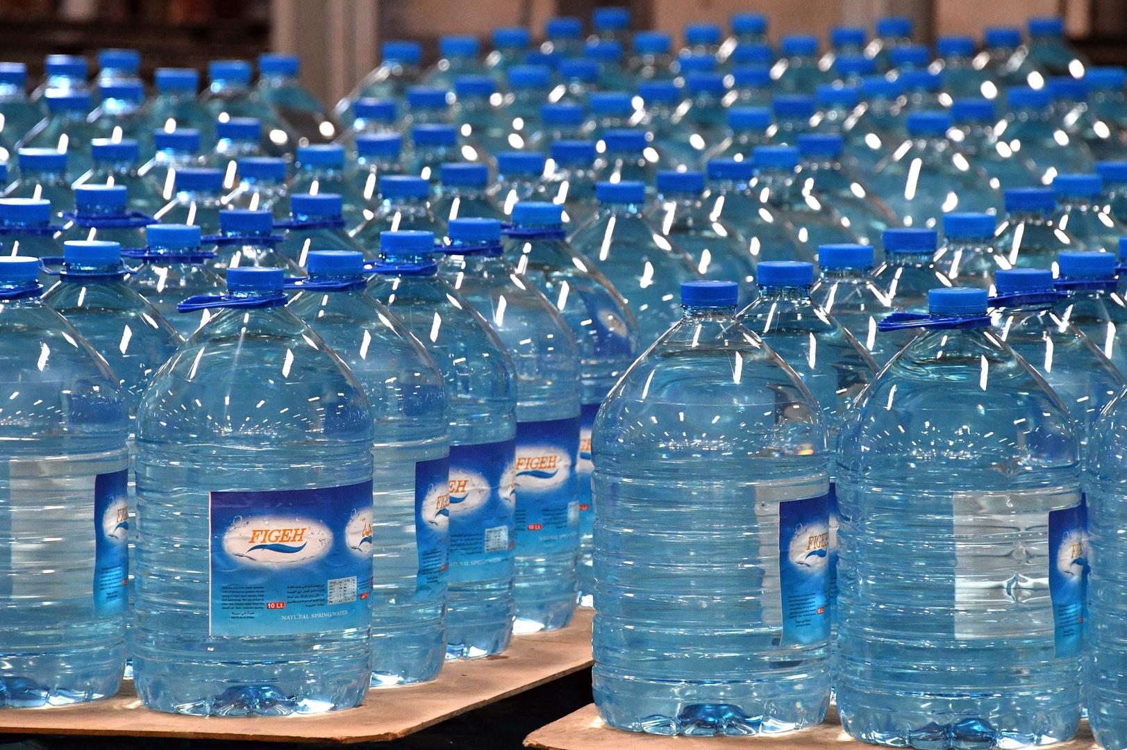 معهد كويتي: 100 مليار دولار سنويا مبيعات المياه المعبأه عالميا