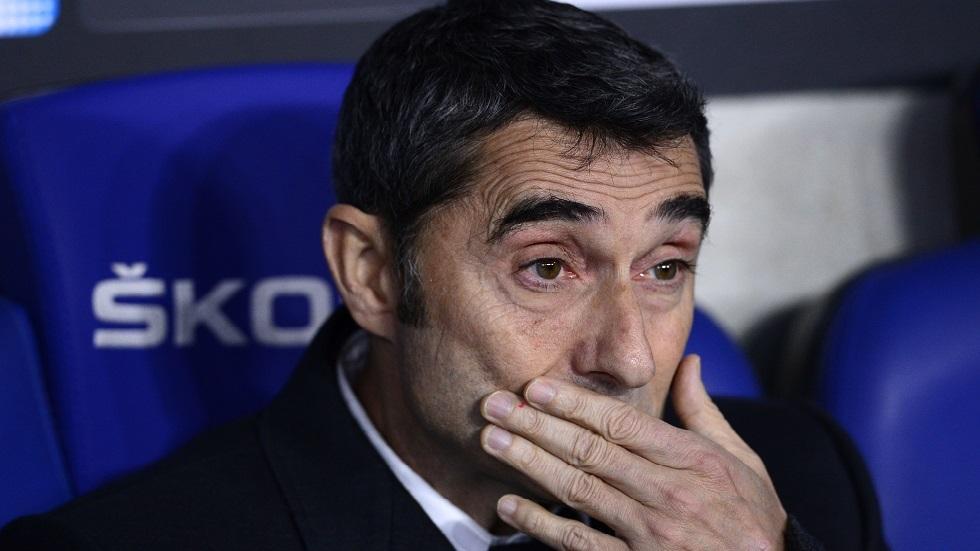 أول تعليق رسمي لإدارة برشلونة على إمكانية إقالة فالفيردي