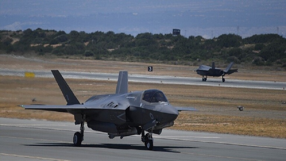واشنطن توافق على بيع مقاتلات