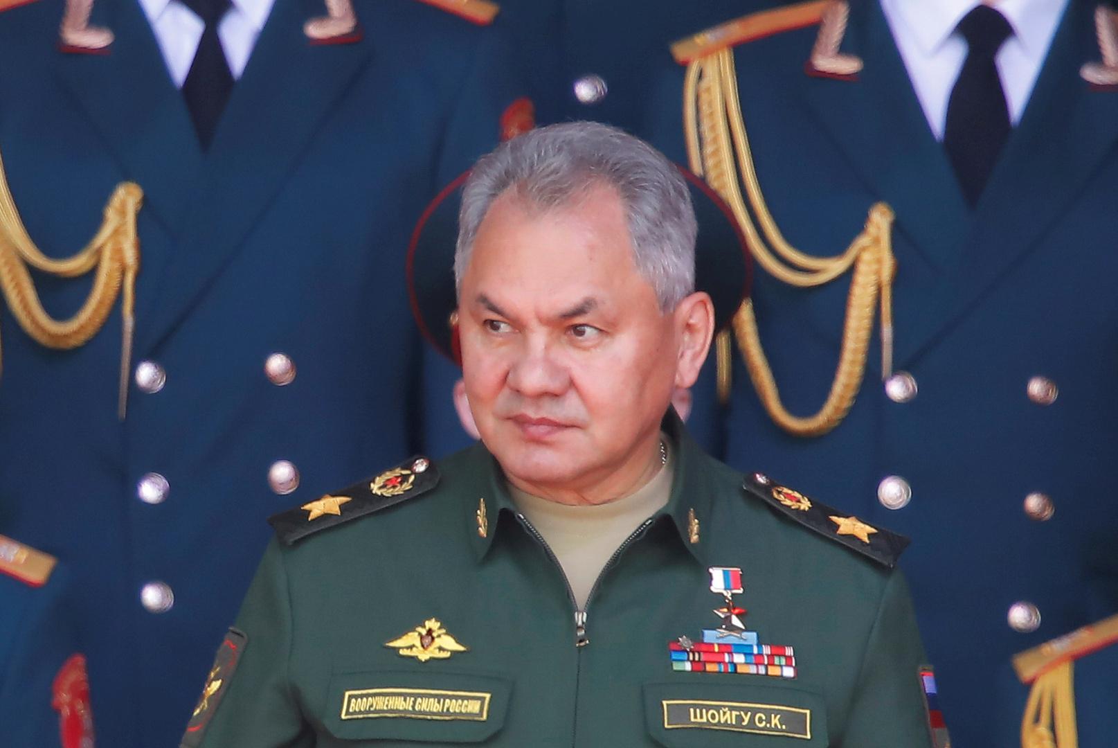 شويغو يثمن دور القوات الروسية في إعادة الحياة السلمية إلى سوريا