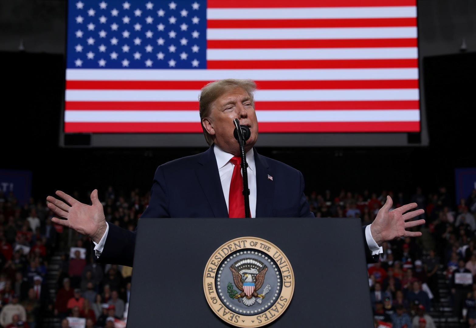 ترامب يعلن موعد توقيع اتفاق التجارة الأولي مع الصين