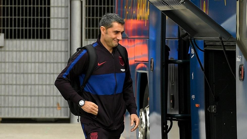 مسؤولو برشلونة يتفاوضون مع خليفة فالفيردي