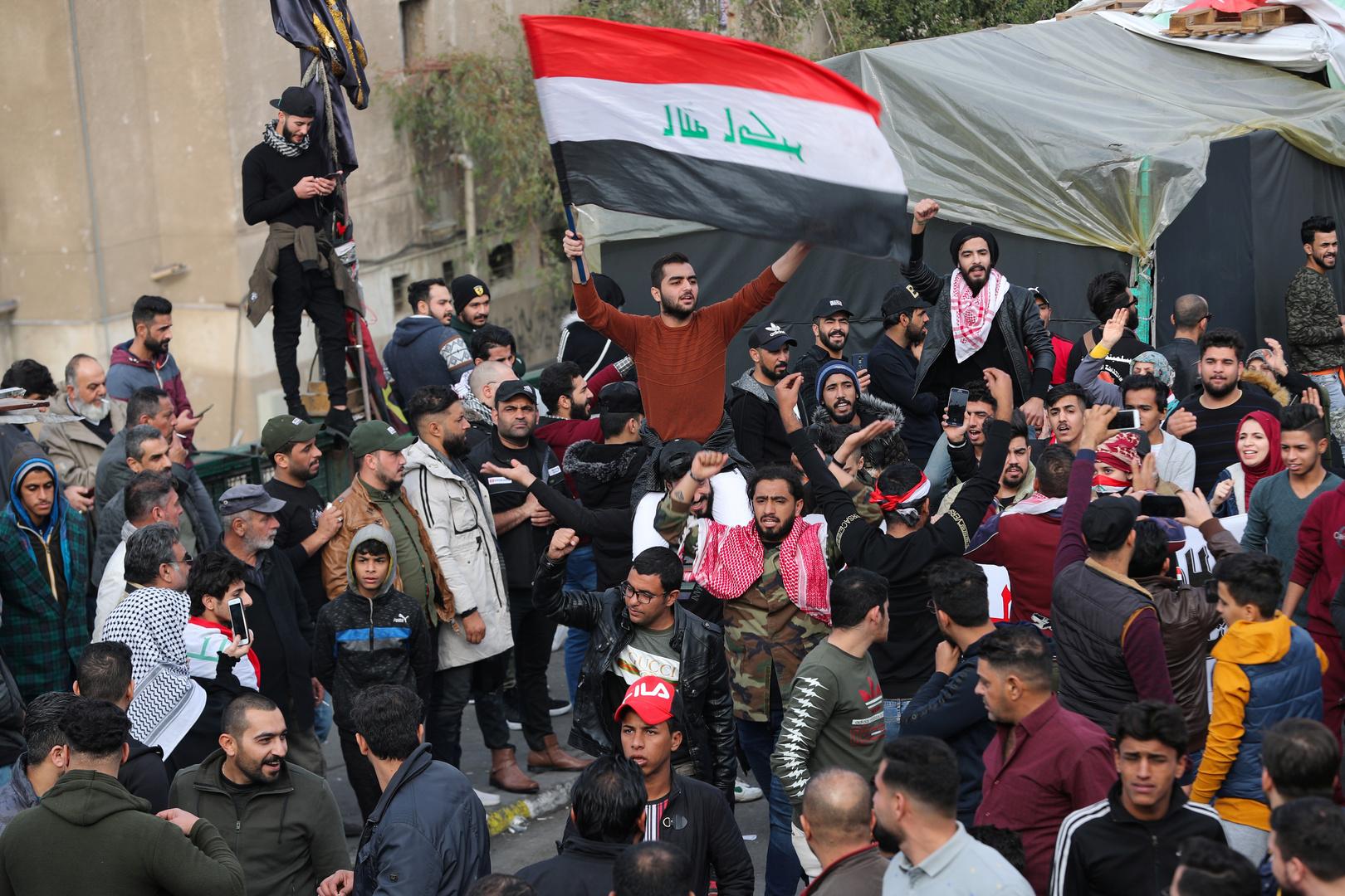 حقوقي عراقي لـRT: جماعات مسلحة تهدد حياة الصحفيين العراقيين