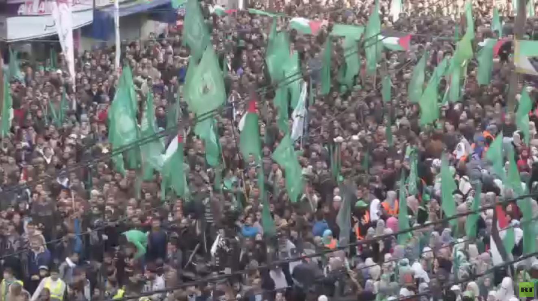 حماس: لا نؤيد سياسة المحاور