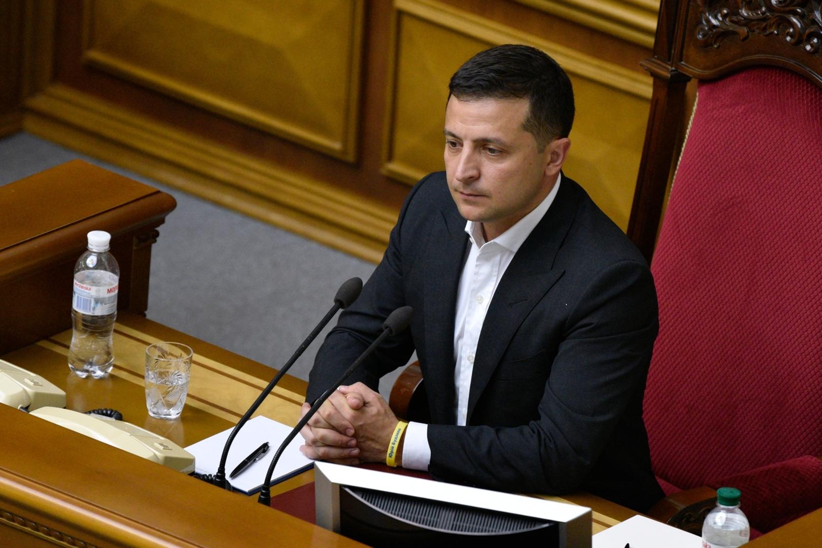 زيلينسكي بعد اتصال مع روحاني: يجب محاسبة المسؤولين عن إسقاط الطائرة الأوكرانية