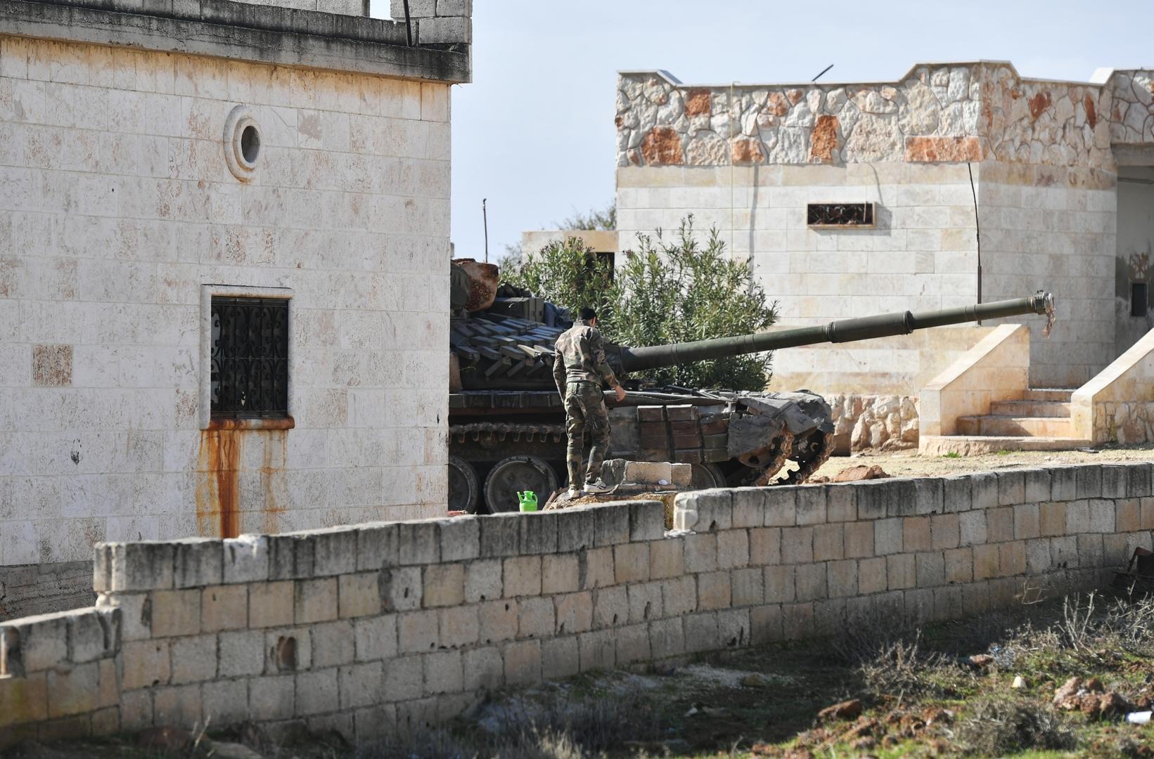مركز المصالحة الروسي: الجيش السوري يصدهجوم مئات المسلحين قرب بلدة جرجناز بريف إدلب