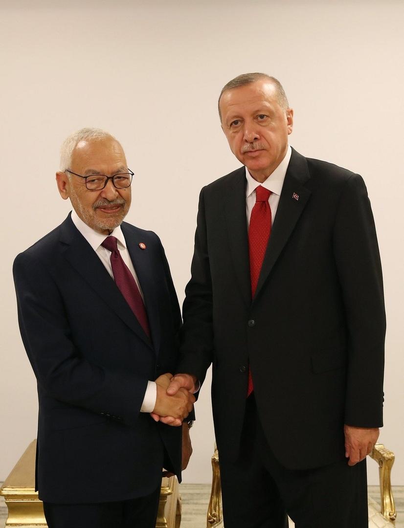 لقاء مغلق بين أردوغان ورئيس البرلمان التونسي في اسطنبول