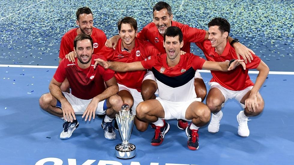 دجوكوفيتش يهزم نادال ويمنح صربيا لقب كأس رابطة المحترفين