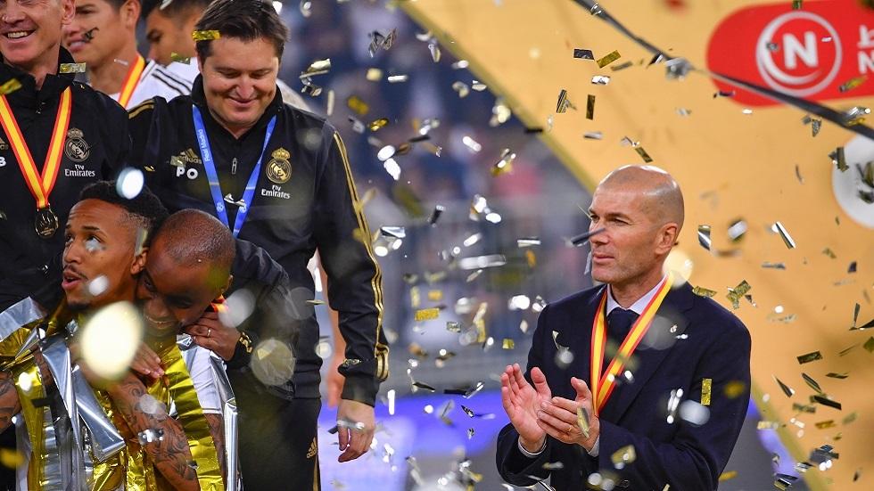 زيدان بطل النهائيات في ريال مدريد يتجاوز إنريكي ويلاحق غوارديولا