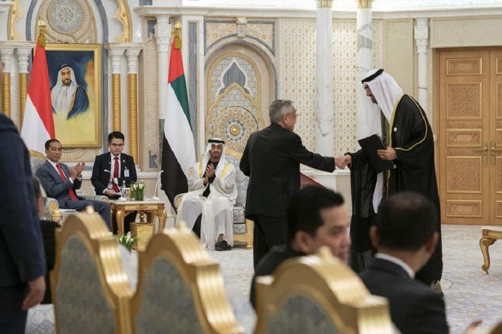 11 اتفاقية بين الإمارات وإندونيسيا بـ23 مليار دولار