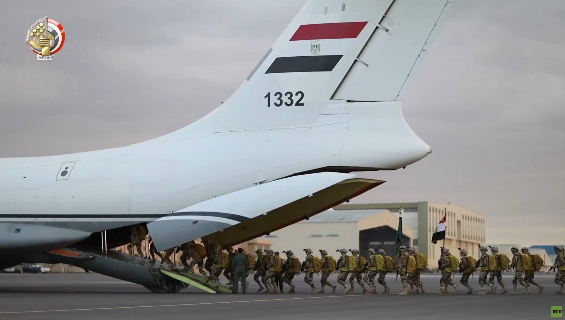 مصر.. الكشف عن أقوى وحدات الصاعقة في الجيش المصري لأول مرة (صور)