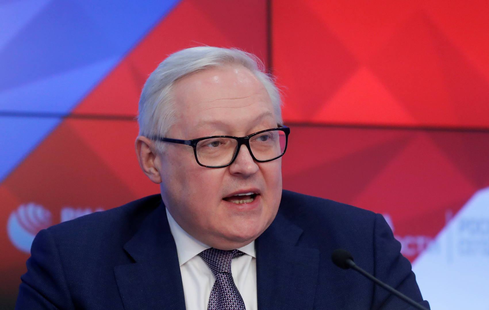 ريابكوف: تفعيل الثلاثي الأوروبي آلية فض النزاع في الاتفاق النووي الإيراني يهدد بانهياره