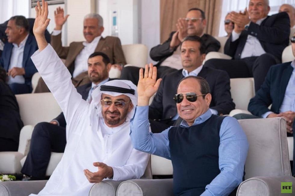 السيسي يفتتح مهرجانا تراثيا بصحبة محمد بن زايد في مصر (صور)