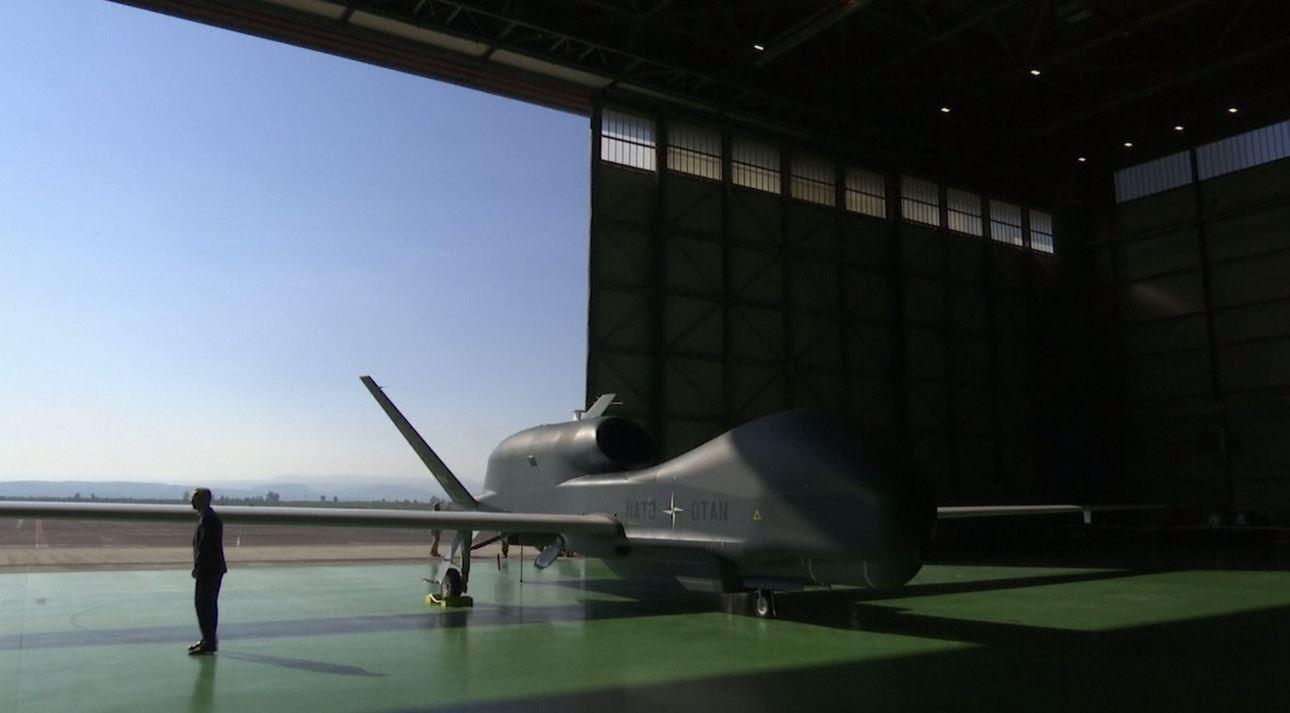 حلف الناتو يعرض درونات جديدة