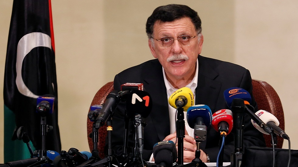 السراج يدعو إلى نشر قوة عسكرية دولية في ليبيا