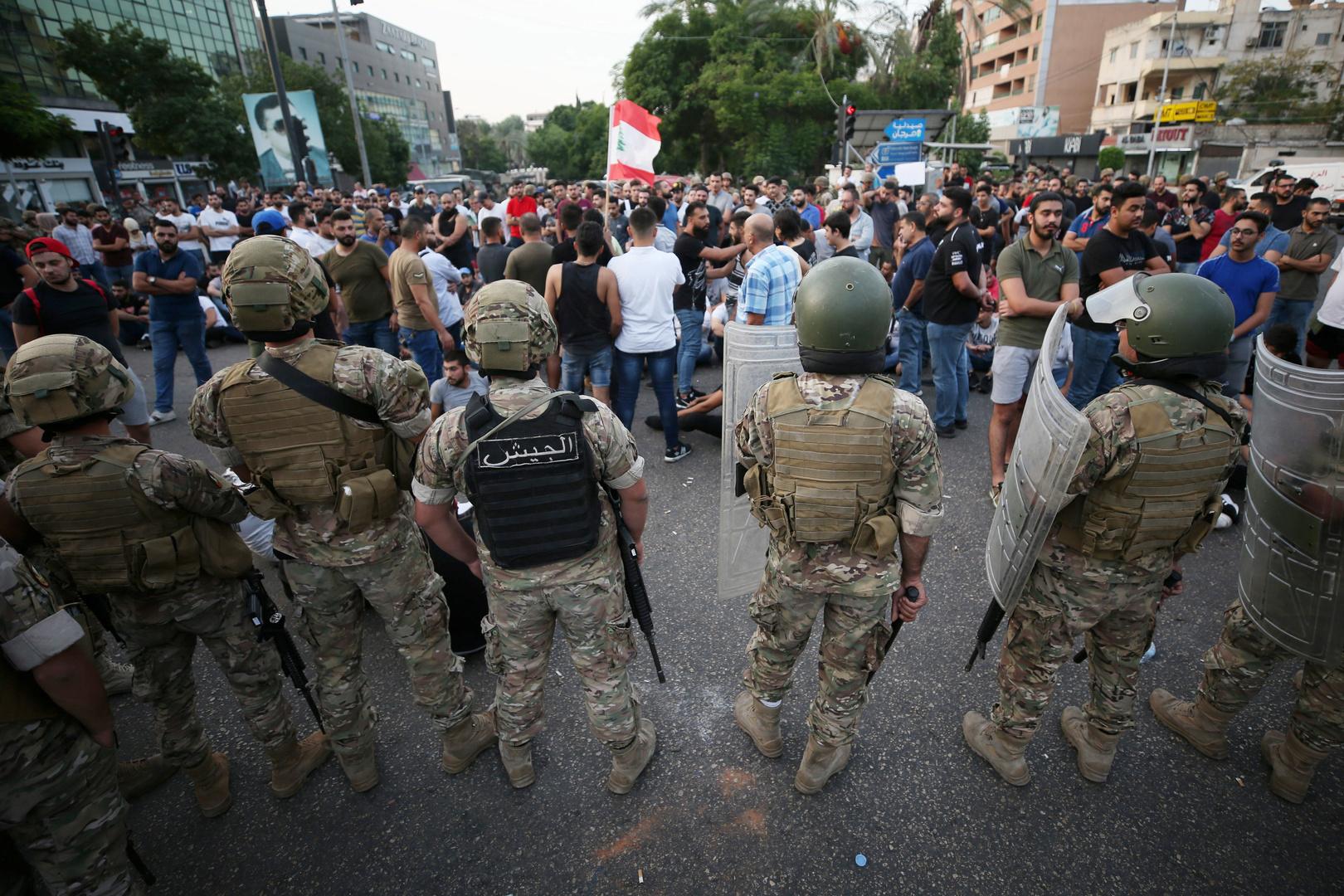 لبنان.. بيان رسمي تعقيبا على فيديو لتعرض محتجين موقوفين للضرب