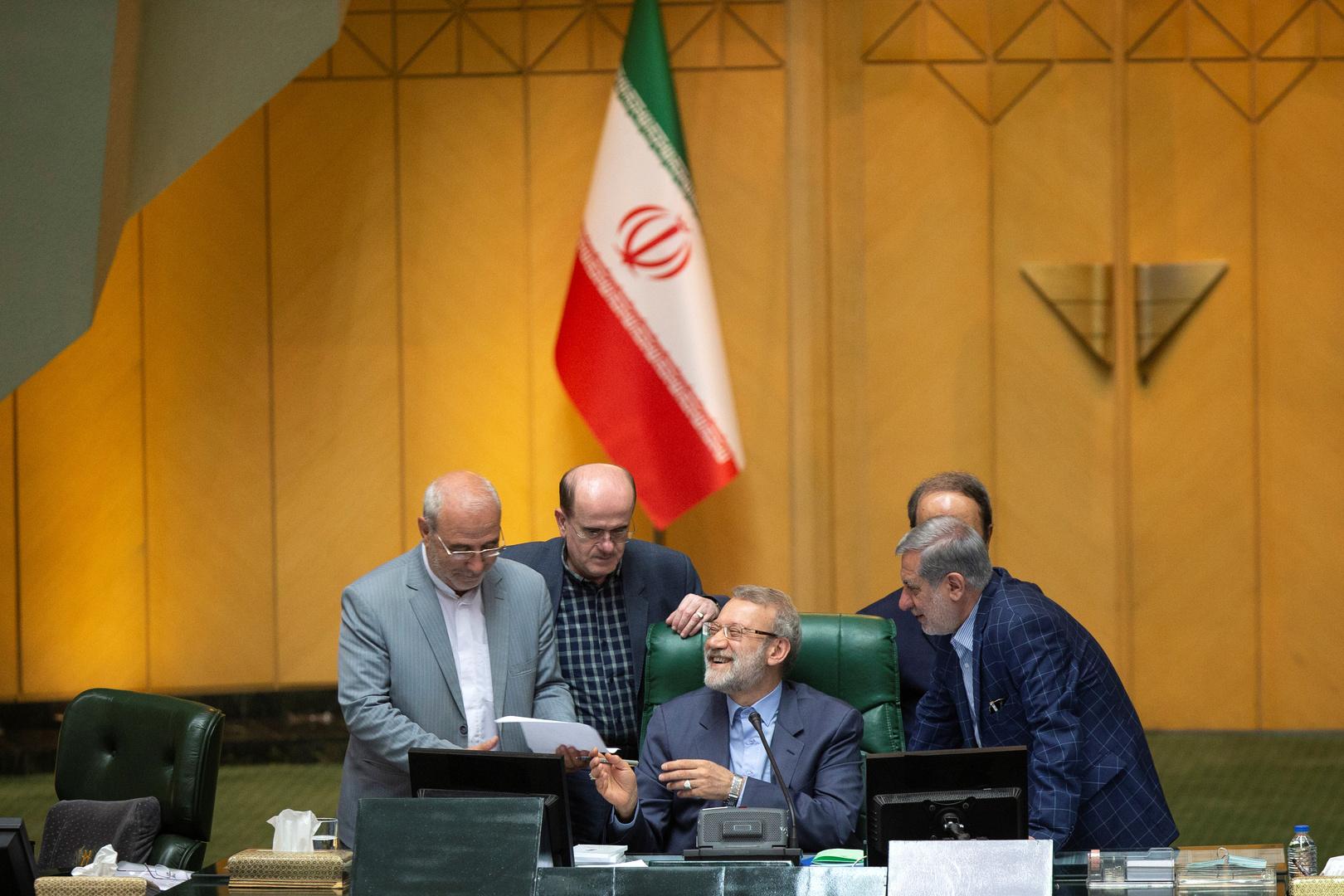إيران تهدد بمراجعة تعاونها مع الوكالة الدولية للطاقة الذرية ردا على الضغط الأوروبي