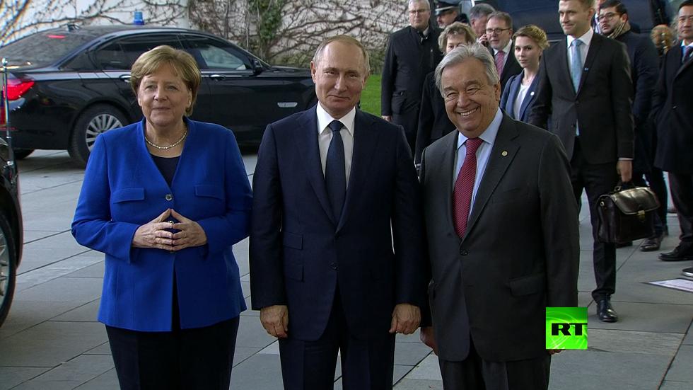لحظة وصول الرئيس الروسي إلى مؤتمر برلين حول ليبيا